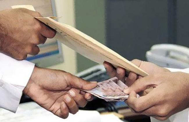 الأموال العامة ضبط  قضايا فساد مالي وإداري في  أيام