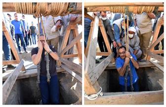 من المعابد إلى حفائر الأهرامات.. تعرف على طريقة نزول رئيس الوزراء لبئر سقارة الأثري | صور