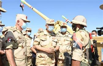 وزير الدفاع: الدفاع عن الوطن وحماية أمنه القومي هي المهمة المقدسة التي لا تهاون فيها | صور