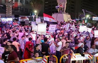 آلاف من المواطنين بأسيوط يحتفلون بذكرى انتصارات أكتوبر   صور