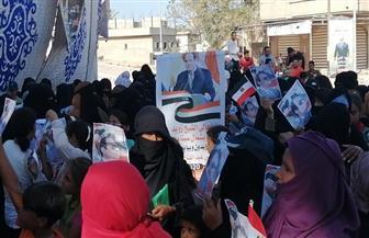 أهالي مدينة الشيخ زويد يحتفلون بذكرى انتصارات أكتوبر.. ويهتفون «تحيا مصر» | صور