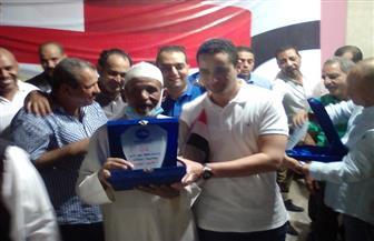 تكريم أسر شهداء معركة شدوان على هامش احتفالية ذكرى انتصارات أكتوبر بالغردقة   صور