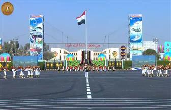 5 طائرات تحمل أعلام القوات المسلحة مع انطلاق حفل تخرج الدفعات الجديدة