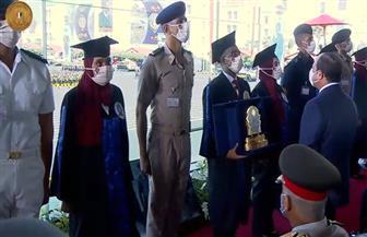 خريجو الكليات العسكرية يؤدون قسم الولاء للوطن
