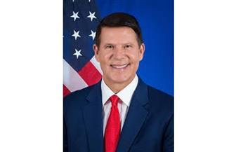 وكيل وزارة الخارجية الأمريكي للاقتصاد والطاقة يصل القاهرة