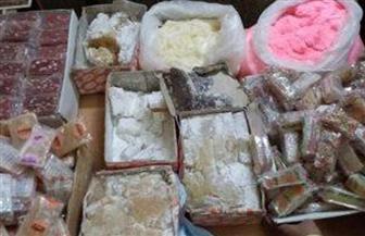 ضبط أكثر من 6 أطنان حلوى مولد منتهية الصلاحية داخل مصنع غير مرخص بالقليوبية