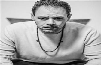 بعد «إسعاف يونس».. محمد علي رزق في جلسة خاصة بالأبيض والأسود | صور