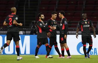 ليفربول يتقدم على أياكس في الشوط الأول بأقدام مدافع الفريق الهولندي