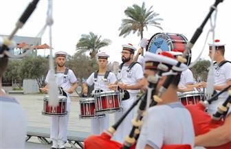 فرقة الموسيقى العسكرية التراثية الفرنسية تعزف بساحة مكتبة الإسكندرية| صور
