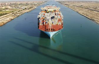 عبور أكبر سفينة حاويات بالعالم بحمولة 214 ألف طن قناة السويس