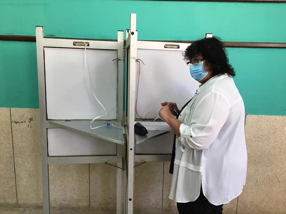 وزيرة الثقافة تدلي بصوتها