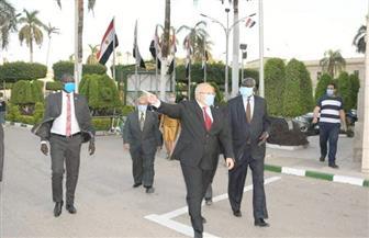 رئيس جامعة القاهرة يلتقي وزير التعليم العالي بجنوب السودان | صور