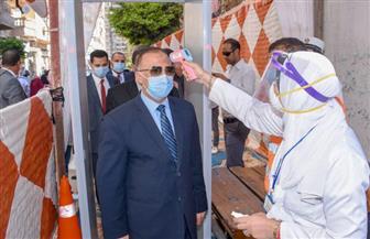 محافظ الإسكندرية يدلي بصوته في انتخابات النواب ويناشد المواطنين المشاركة | صور