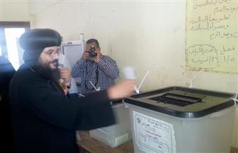 رجال الدين الإسلامي والمسيحي يدلون بأصواتهم في انتخابات مجلس النواب بالغردقة | صور