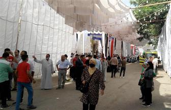توافد الناخبين بلجنة الشهيد ياسر جنينة في التجمع الخامس للتصويت في انتخابات «النواب»