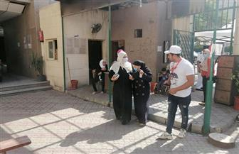 استمرار توافد الناخبين على لجان شارع إيران بالدقى
