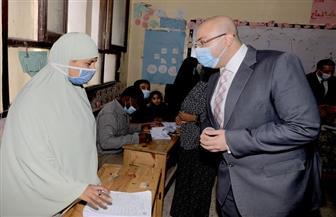 محافظ بني سويف يتفقد اللجان الانتخابية | صور