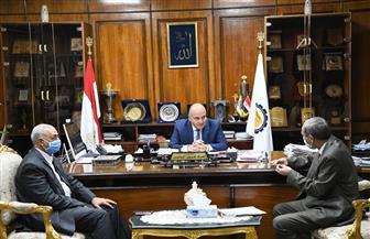 محافظ قنا يستقبل رئيس مجلس إدارة مصنع سكر نجع حمادي الجديد   صور