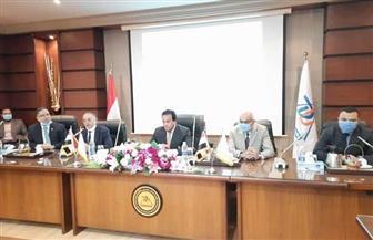 وزير التعليم العالي يصل الدقهلية لوضع حجر أساس جامعة المنصورة الأهلية | صور