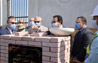وزير التعليم العالي يضع حجر أساس جامعة المنصورة الأهلية | صور