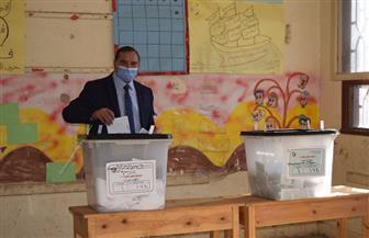رئيس جامعة سوهاج يدلي بصوته الانتخابي بانتخابات مجلس النواب | صور