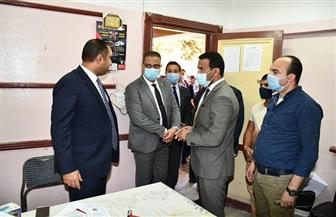 محافظ الفيوم يوجه بتوفير فريق طبي في إحدى اللجان الانتخابية | صور
