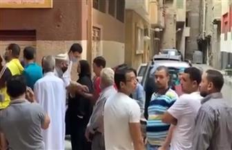 إقبال كثيف من الناخبين على لجنة مدرسة المحافظة على القرآن الكريم | فيديو