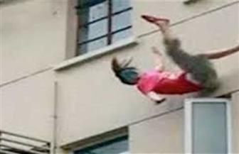 زوج يلقي بزوجته من بلكونة منزلهما بعد مشادة بينهما في روض الفرج