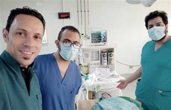 تدخل جراحي ينقذ مولودة بعيب خلقي نادر في الأنف بمستشفى المنصورة العام الجديد | صور