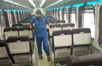 هيئة السكك الحديدية تواصل أعمال تطهير وتعقيم المحطات والقطارات بمختلف المحافظات | صور
