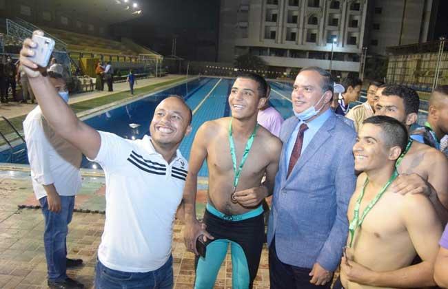 بطولة جامعة سوهاج للسباحة