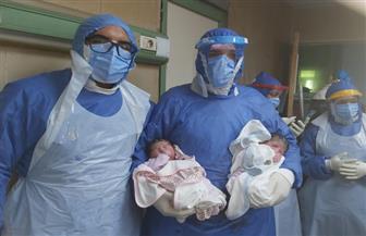 ولادة توأم لسيدة مصابة بفيروس كورونا بمستشفيات جامعة المنصورة | صور