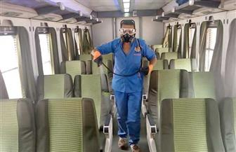 هيئة السكك الحديدية تواصل أعمال تطهير وتعقيم المحطات والقطارات للحد من انتشار فيروس كورونا | صور