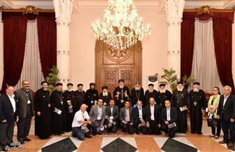 البابا تواضروس يعقد اجتماعا مع مسئولي مؤسسة القديس سمعان الخراز بالمقطم