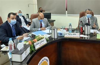 مجلس جامعة الوادى الجديد يوافق على منح عدد من درجات الدكتوراه والترقيات لأعضاء هيئة التدريس| صور
