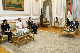 سفير بريطانيا خلال لقائه وزير الإنتاج الحربي: نتطلع إلى شراكة صناعية متنامية مع مصر