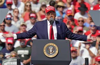 ترامب يتباهى بالنمو.. وحملة بايدن: أمريكا ما زالت على مسار أسوأ ركود اقتصادي