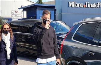 مدافع مانشستر يونايتد يصل إيطاليا لإنهاء انتقاله إلى ميلان