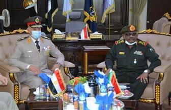 رئيس الأركان من الخرطوم: القدرات العسكرية المصرية رصيد للسودان| صور