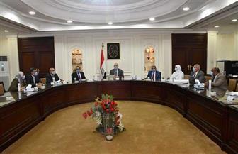 وزير الإسكان يتابع إعداد اشتراطات البناء لضبط العمران بالقاهرة والجيزة والإسكندرية  صور