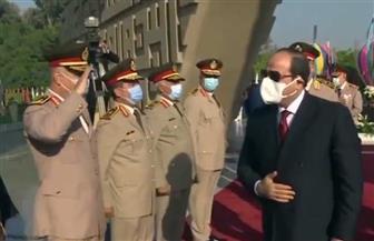 الرئيس السيسي يضع إكليلا من الزهور على النصب التذكاري بمناسبة الذكرى الـ47 لنصر أكتوبر
