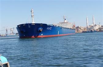 موانئ بورسعيد: تداول 25 سفينة وتفريغ 66 ألف طن قمح روسى ورخام | صور