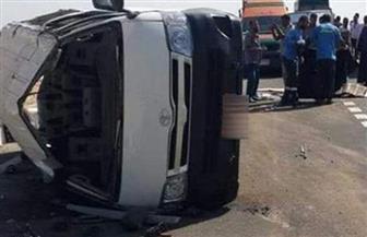 إصابة 10 أشخاص إثر انقلاب ميكروباص بالرماية