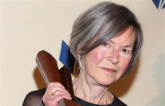 كيف استقبلت الأوساط الأدبية في العالم نبأ فوز لويز جلوك بجائزة نوبل