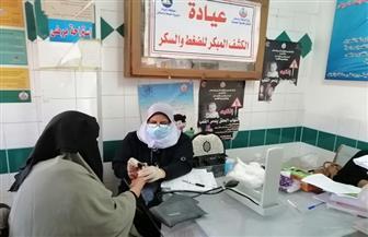 الكشف على 1300 مواطن بدمياط في قافلة طبية بالمجان| صور