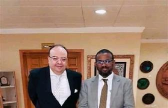 سفير مصر في الخرطوم يلتقي وزير النقل السوداني