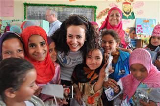 """أول تعليق من هند صبري سفيرة برنامج الأغذية العالمي على فوز المنظمة الدولية بـ""""نوبل للسلام"""""""