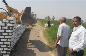 إزالة 7 حالات تعد على الأراضي الزراعية وأملاك الدولة بمركز سوهاج | صور