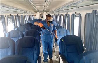 السكك الحديدية تواصل تطهير المحطات والقطارات للحد من انتشار كورونا   صور