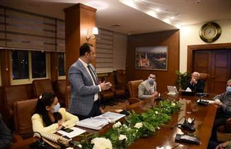 محافظ بورسعيد يبحث الاشتراطات البنائية الجديدة مع ممثلي لجنة كلية الهندسة  صور
